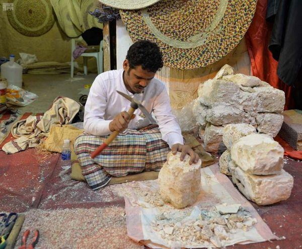 الموروث الشعبي في منطقة جازان لقاء بقرية جازان التراثية بالجنادرية