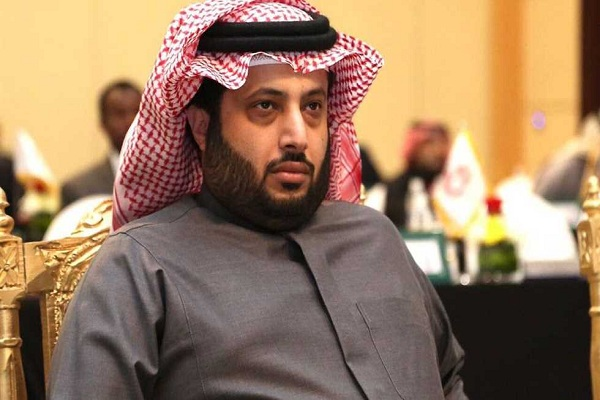 الأمير خالد بن عياف يوجه بعلاج الطفل عامر الشمري بمستشفى الحرس الوطني
