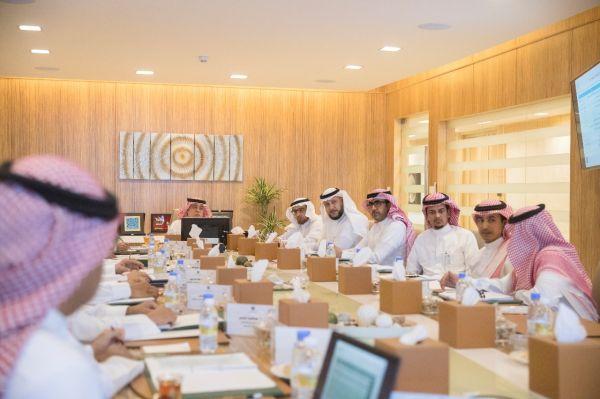 السعودية للكهرباء تُطلق مبادرة تيسير لإيصال الخدمة الكهربائية للمنشآت التجارية خلال 9 أيام