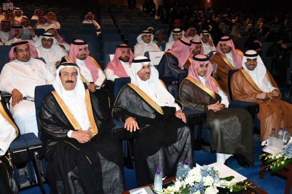 معرض البحرين الدولي الثامن عشر للكتاب يواصل فعالياته في يومه السابع