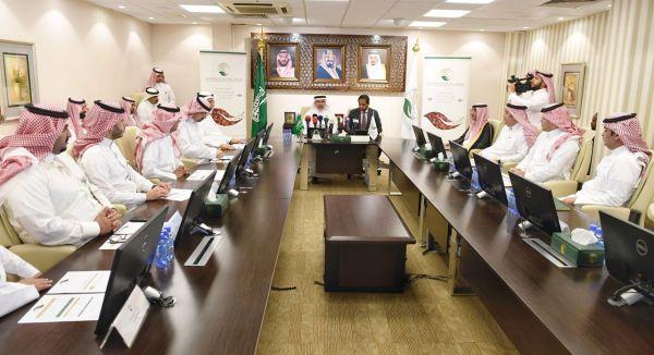 أمير الجوف يستقبل مدير فرع هيئة الأمر بالمعروف والنهي عن المنكر بالمنطقة