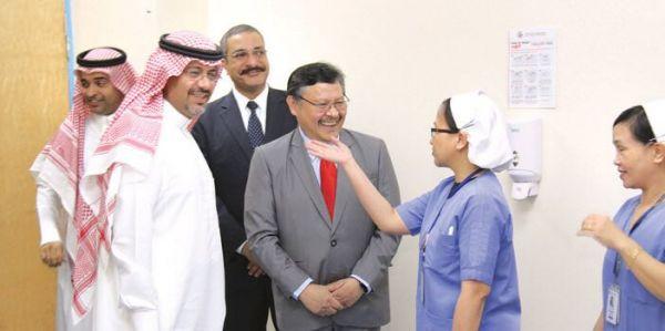 أمير منطقة الريـاض يرعى حفل الخريج والوظيفة الثاني والعشرين بمعهد الإدارة العامة
