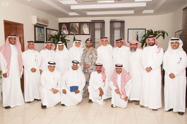 نائب أمير منطقة مكة المكرمة ينقل تعازي القيادة لذوي الشهيد الزبيدي