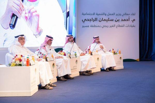 منتخبات السباحة والغطس وكرة الماء السعودية تحصد 45 ميدالية في بطولة الخليج للألعاب المائية