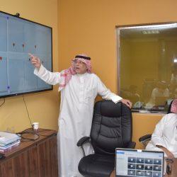 معهد البحوث بأمِّ القرى يوقِّع عددًا من العقود الاستشارية المنتهية بالتوظيف